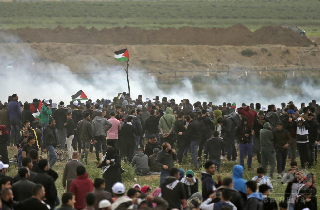 イスラエル、ガザ地区25か所を空爆 ロケット弾に報復