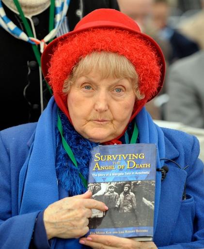 アウシュビッツ生き延びたエバ・コールさん死去、85歳 「死の天使」の人体実験も