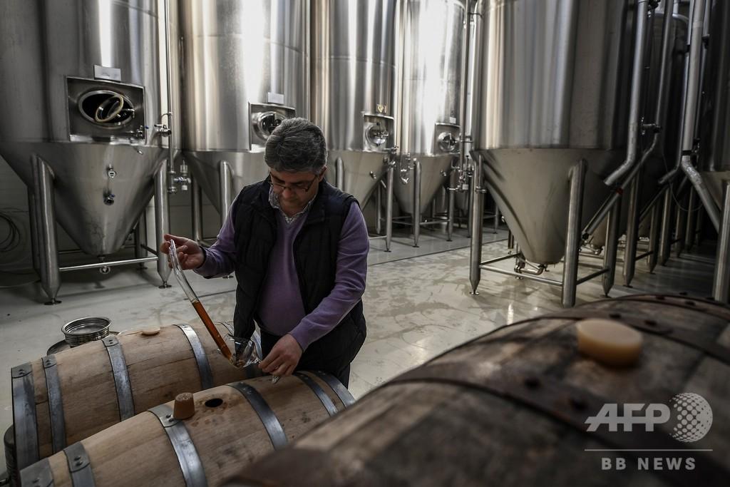 財政危機のおかげ? ギリシャで成長する地ビール産業