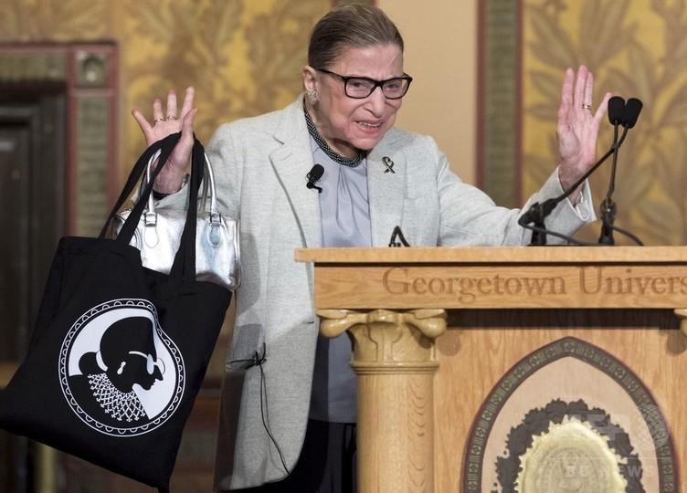米法曹界85歳のレジェンド、「RBG」ことギンズバーグ最高裁判事