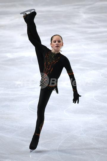 14歳リプニツカヤが女子SP首位、...