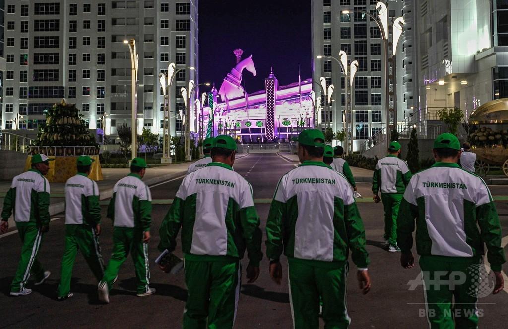 馬が大好きトルクメニスタン、「地味でニッチな」世界記録を樹立
