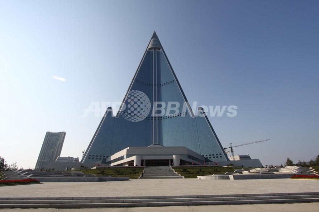 スイス事業者、20年以上建設中の北朝鮮の「滅びのホテル」開業を断念