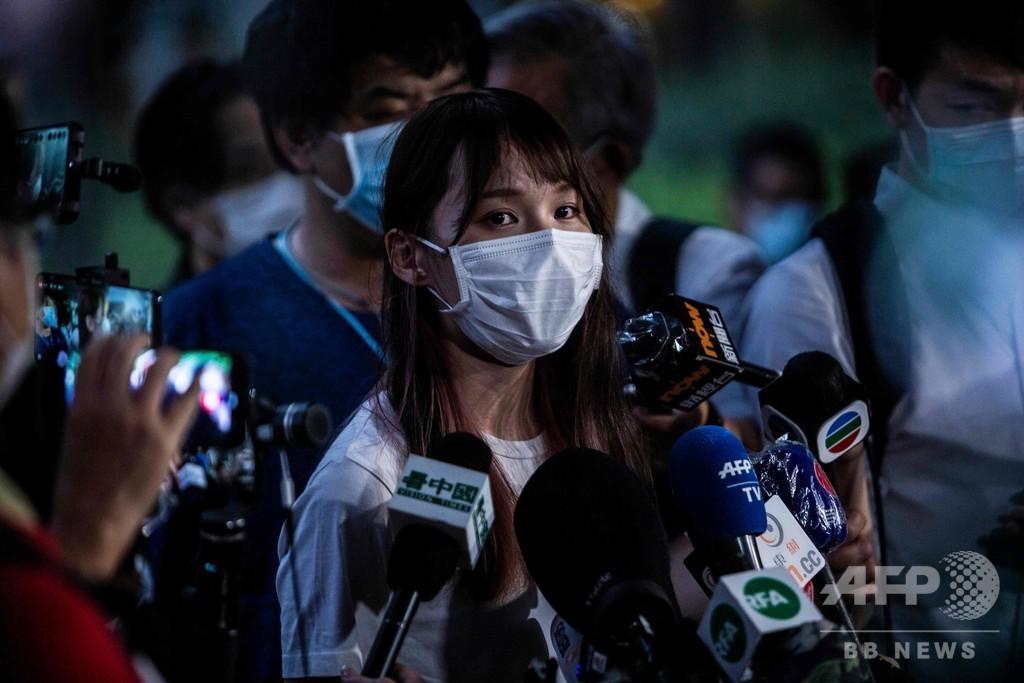 周庭氏、香港警察に出頭 異論の封殺に警鐘