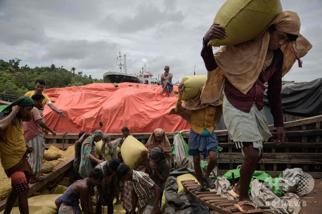 「全てがビジネス」、ロヒンギャ難民危機で駆動する経済 バングラ