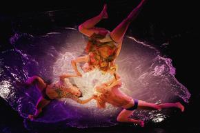 南米発の「フエルサ・ブルータ」、北京で公演