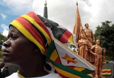 【AFP記者コラム】止まった国ジンバブエ、変化の訪れを待ち望んで