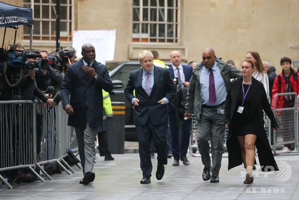 メイ英首相の後任選び、ジョンソン氏が再び首位 候補5人に