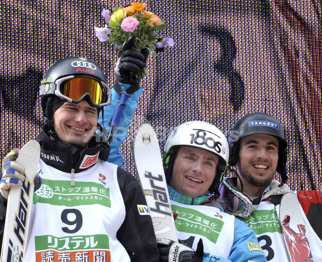 ディネンが男子モーグルで優勝 西は4位に、フリースタイルスキー世界選手権