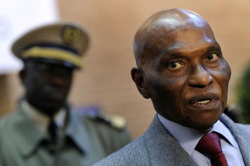 大統領の立候補に抗議、デモ隊と治安部隊の衝突で2人死亡 セネガル