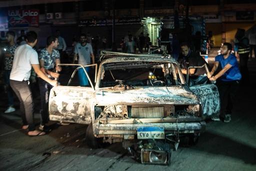 カイロで車爆発、20人死亡 エジプト大統領「テロ」と非難