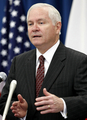 米国防長官、日本に安全保障面での役割強化を求める