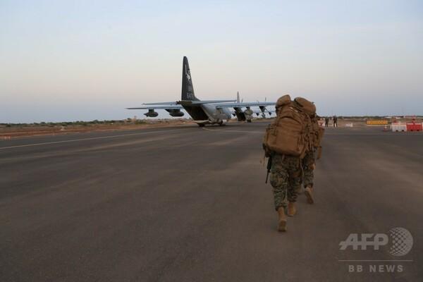 中国のレーザー?で操縦士負傷 ジブチの米軍基地