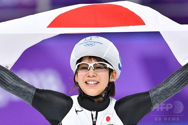 高木菜那、女子マススタートで金メダル獲得
