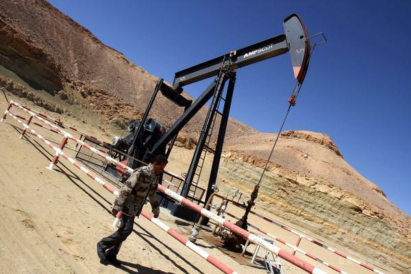 IS、再びリビアの油田を攻撃 国営会社が油田閉鎖を警告