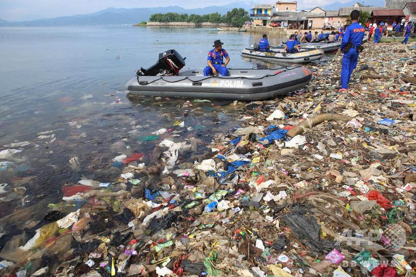 使い捨てプラスチック、2030年までに「大幅削減」 国連環境総会が宣言