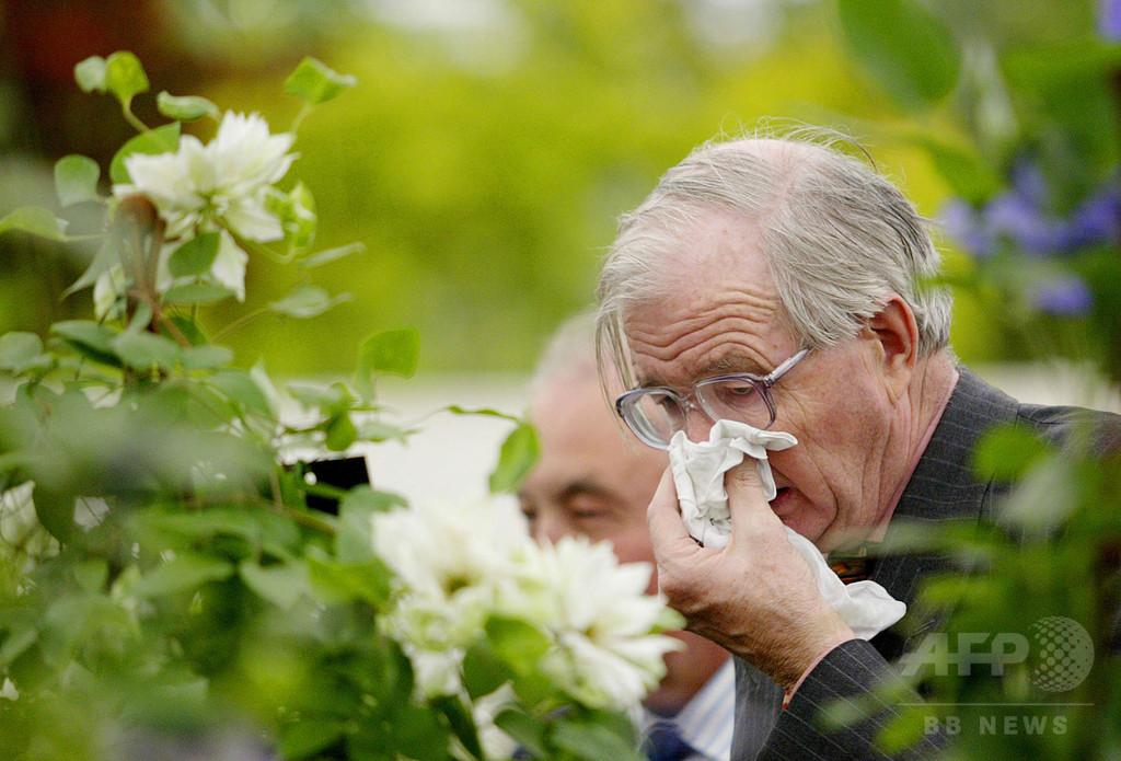 くしゃみ抑制すると脳血管や喉、鼓膜が破裂する恐れ 医師ら警鐘