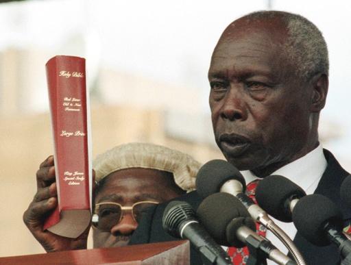 ケニアのモイ元大統領死去、95歳