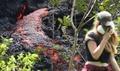 キラウエア火山、亀裂から噴き出す溶岩 爆発的噴火の可能性も