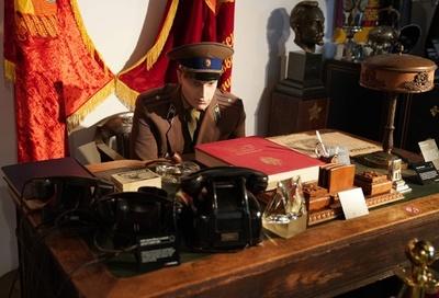 冷戦時代のスパイ気分が味わえる? 米NYに「KGB博物館」オープン