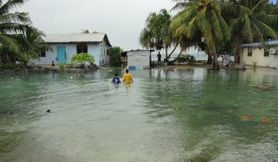 低海抜のマーシャル諸島、異常潮位で首都冠水
