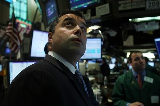 NY株急伸、211ドル高 GMは75セントで変わらず