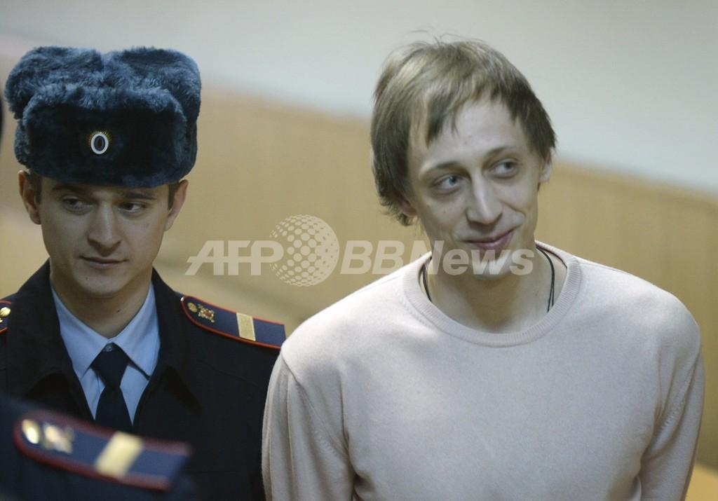 ボリショイ監督襲撃事件、元ダンサーに懲役6年 ロシア
