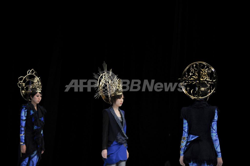平城遷都1300年記念、文化服装学院がショーを開催