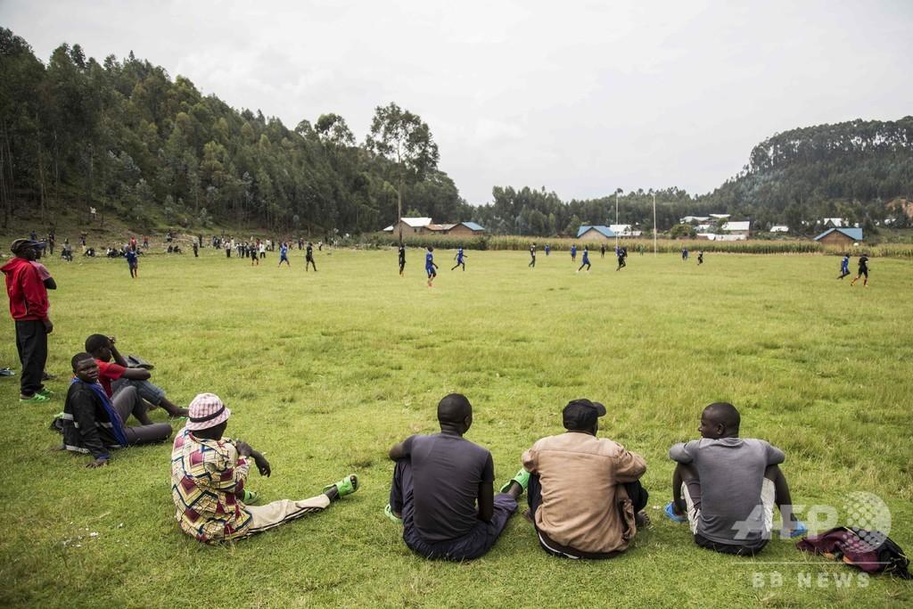 大虐殺から25年、故郷に戻る加害者たち ルワンダ