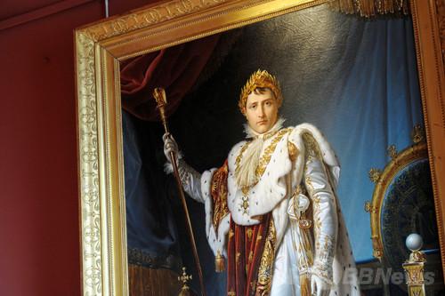 ナポレオンの椅子が破損、誘惑に負けた仏美術館員が座る