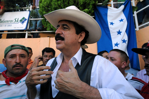 セラヤ氏、ニカラグアから陸路短時間ホンジュラス入り