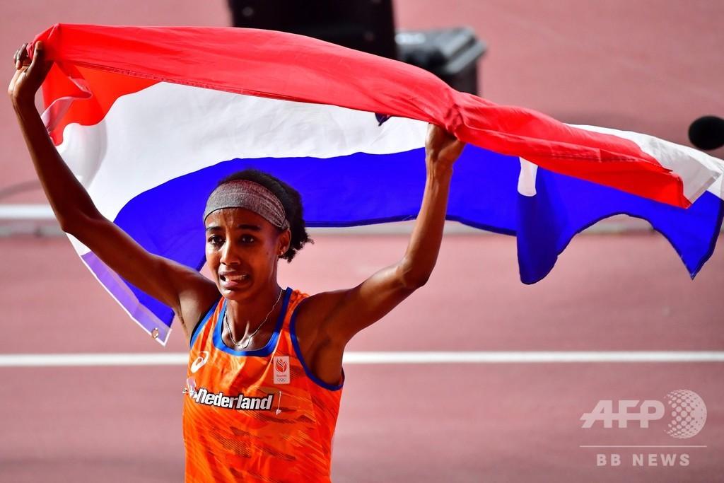 「私はクリーン」、サラザール氏師事のハッサンが女子1500m優勝 世界陸上