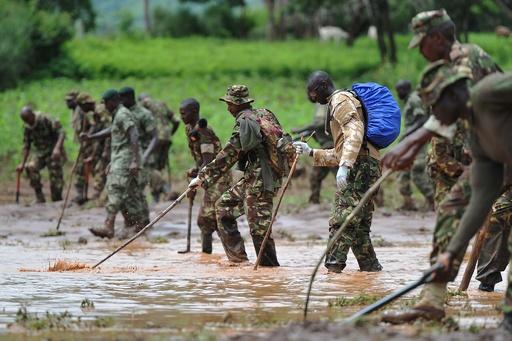 ダム決壊の死者45人に ケニア