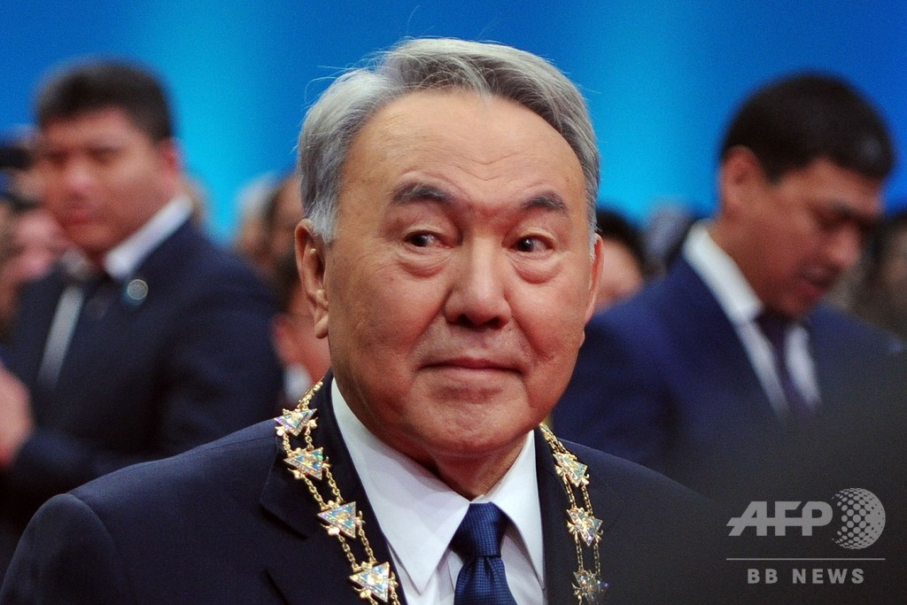 カザフ大統領、電撃の辞任発表 ...