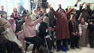 動画:ムラディッチ被告終身刑、虐殺遺族に安堵 「息子の死に償い」