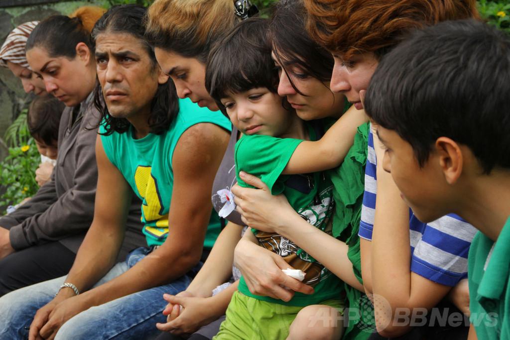 豪州の難民施設は「地獄」、収容中の子どもたちが調査団に直訴