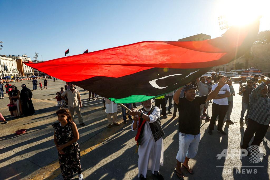 リビア暫定政権、エジプトの軍事介入警告は「宣戦布告」