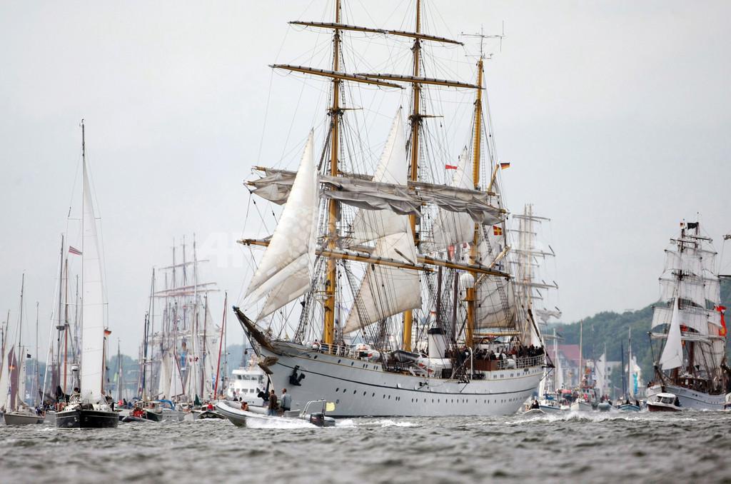 ドイツ帆船パレード、海軍練習船「ゴルヒ・フォック」も登場