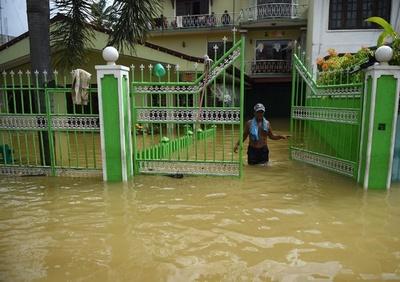 スリランカ豪雨災害、死者164人に 依然104人不明