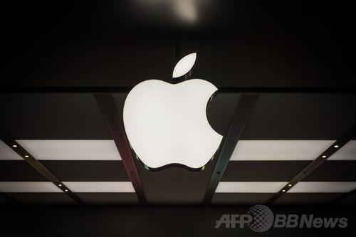 アップルとIBM、企業向けモバイル機器で業務提携