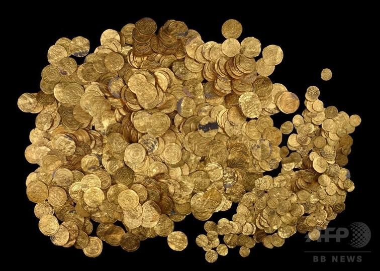 1000年前の金貨約2000枚、地中海海底で発見 イスラエル