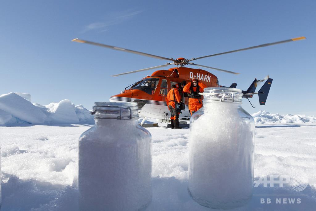 北極圏の雪からマイクロプラスチック、広範な大気汚染に警鐘 研究