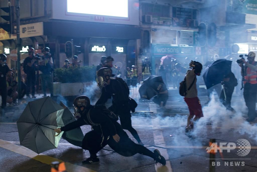 中国外相、香港デモは「純然たる暴力」 AFP独占インタビュー