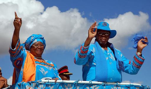 マラウイ大統領死去、水面下で権力闘争開始か