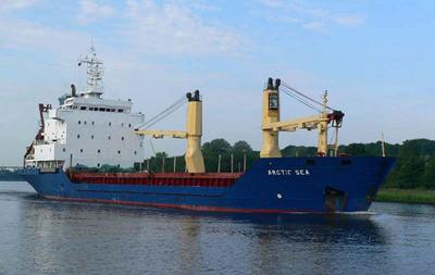 フィンランド不明貨物船、核物質搭載か 当局は否定