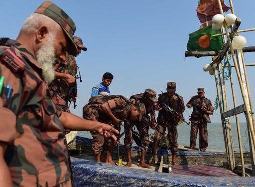 覚せい剤がつなぐ意外な関係、ロヒンギャ難民とミャンマー軍兵士