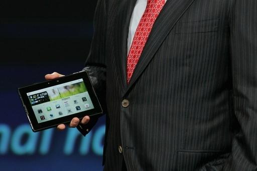 RIMがタブレットPC発売へ、iPadに対抗