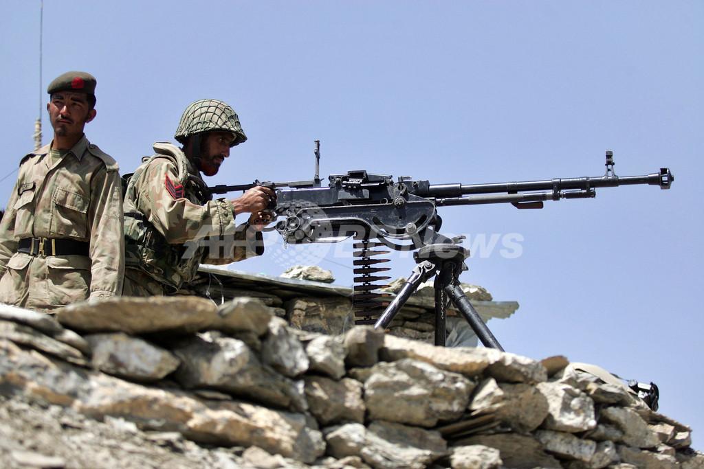 米主導の多国籍軍にパキスタン軍兵士らが発砲か アフガニスタン