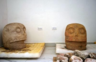 スペイン征服前の「皮はぎ神」の神殿、発見 メキシコ