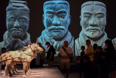 動画:秦の始皇帝の兵馬俑展始まる ニュージーランド国立博物館